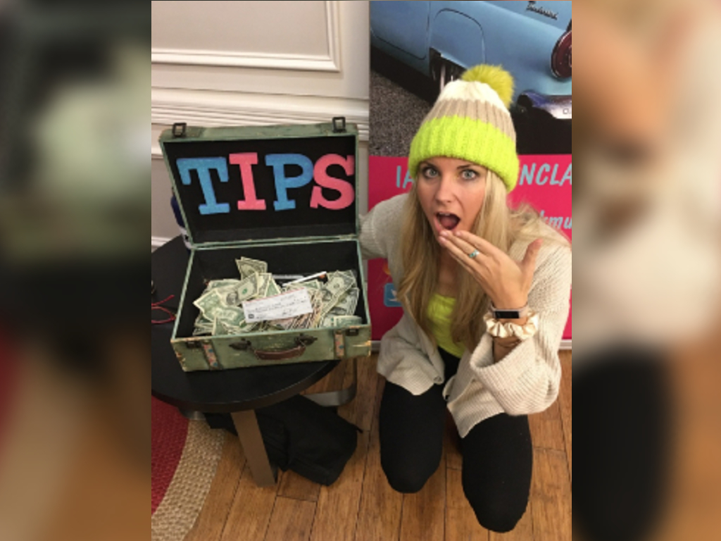 Morgan Clark was tearing down her equipment when she noticed a cheque for $10,000 in her tips box.