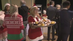 Continue reading: Chez Doris hosts its annual Christmas Party for vulnerable and homeless women