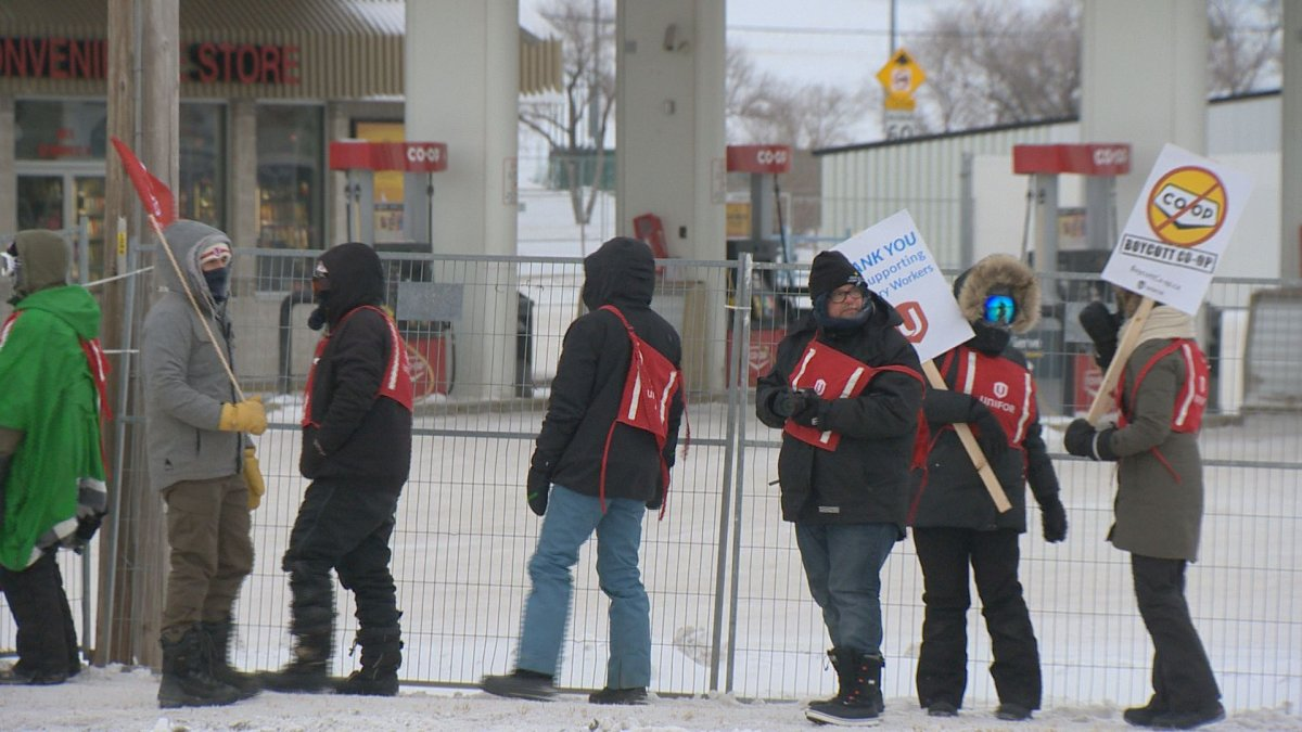 Picketers blocked off the Sherwood Co-op Home Centre and Gas Bar in Regina on Thursday to keep retailers out.