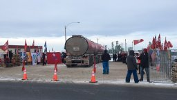Continue reading: Unifor takes down blockades at Regina's Co-op refinery, two sides talking