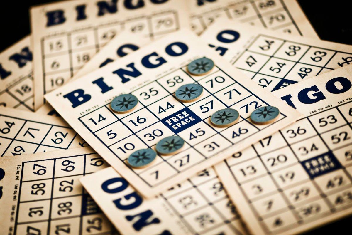Manitoba's Kinsmen Jackpot Bingo is so hot, game cards are being delivered  to stores secretly - Winnipeg   Globalnews.ca