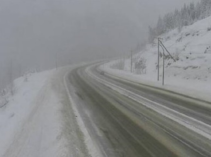 The summit of the Coquihalla Highway on Friday morning. Environment Canada says an approaching low-pressure system will result in significant snowfall for the Coquihalla Highway and Highway 3.