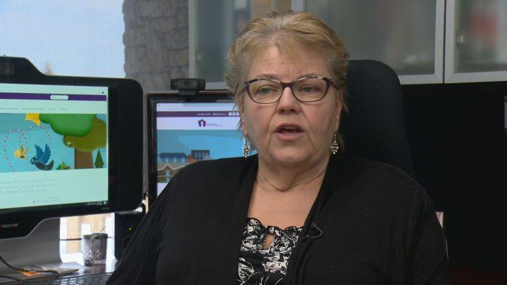 Deb Davies of the Saskatchewan Foster Families Association speaks to Global News.