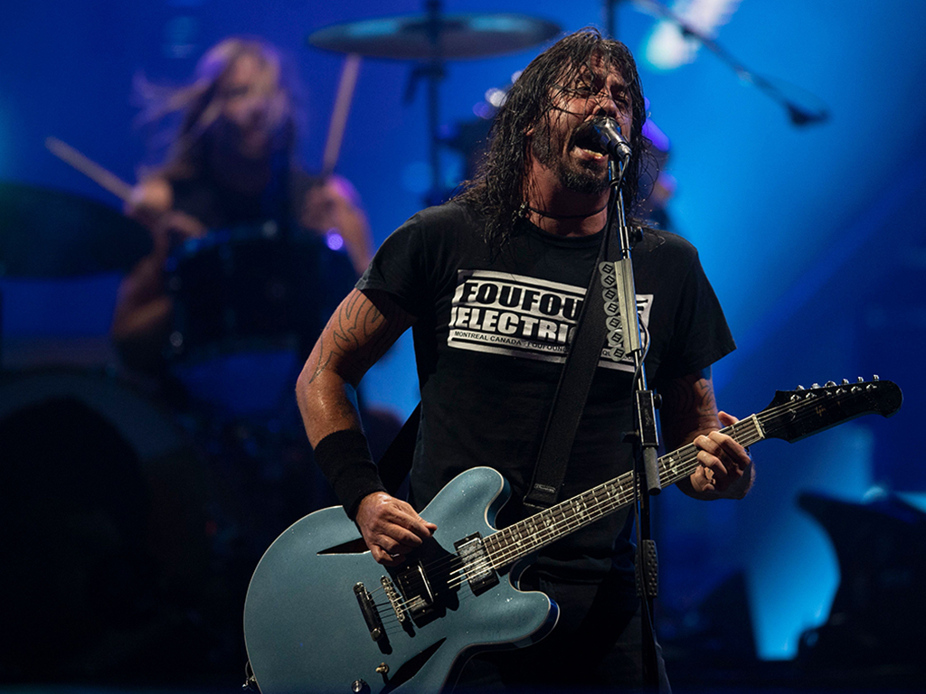 (L-R) Taylor Hawkins and Dave Grohl of Foo Fighters perform onstage during Rock in Rio festival at the Olympic Park, Rio de Janeiro, Brazil, on Sept. 28, 2019.