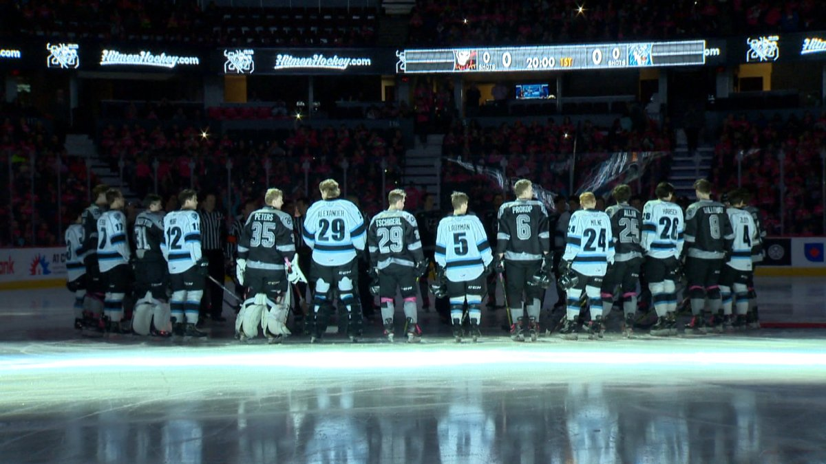 The Calgary Hitmen and Winnipeg Ice stand together to #EndBullying prior to Thursday's WHL game.