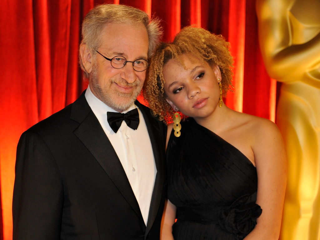 Steven Spielberg and daughter Mikaela George Spielberg arrive at the 81st Academy Awards Sunday, Feb. 22, 2009.