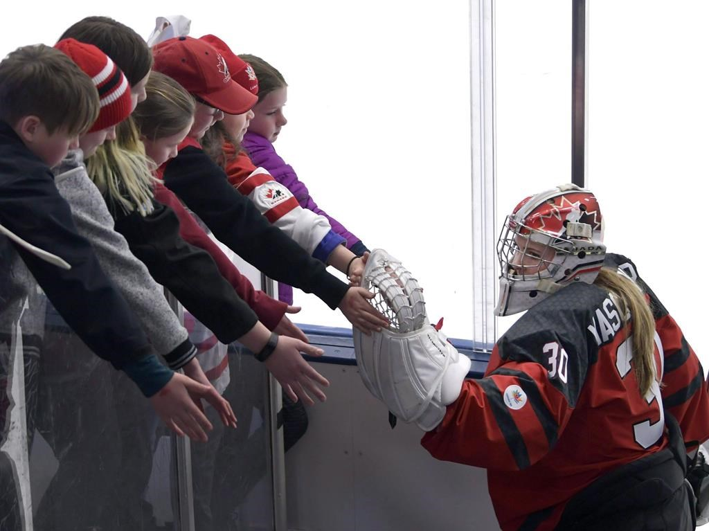Calgary hosts 'bubble' camp for Canadian women's hockey team