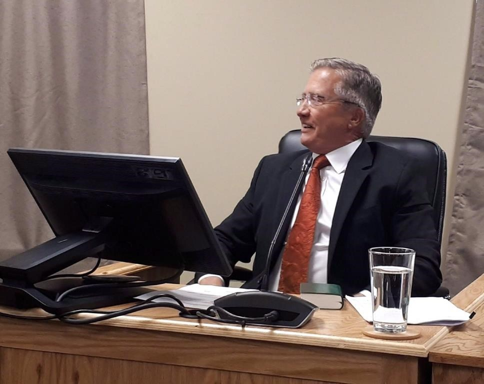 """Former Newfoundland and Labrador premier Danny Williams testifies at the Muskrat Falls inquiry in St.John's, Monday, Oct.1, 2018. Williams says he still believes Muskrat Falls will be good Newfoundland and Labrador in the long run, days after an inquiry faulted his government for pushing through the """"misguided"""" project."""