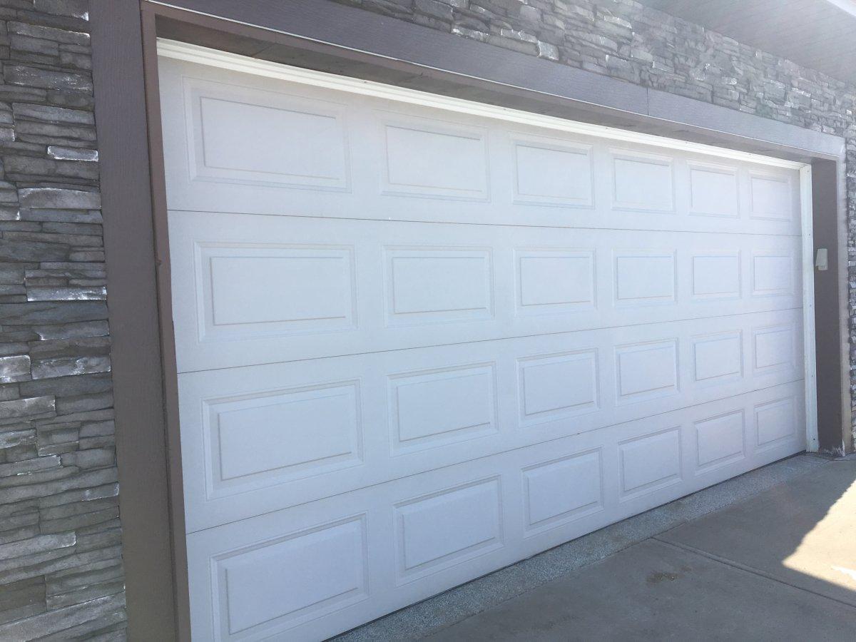 Edmonton Police urge residents to secure garage doors with locks.