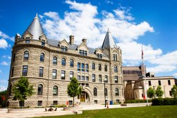 Continue reading: International student enrollment a mixed bag for Manitoba universities