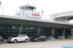 Continue reading: London International Airport to host drive-thru version of Santa Claus Parade