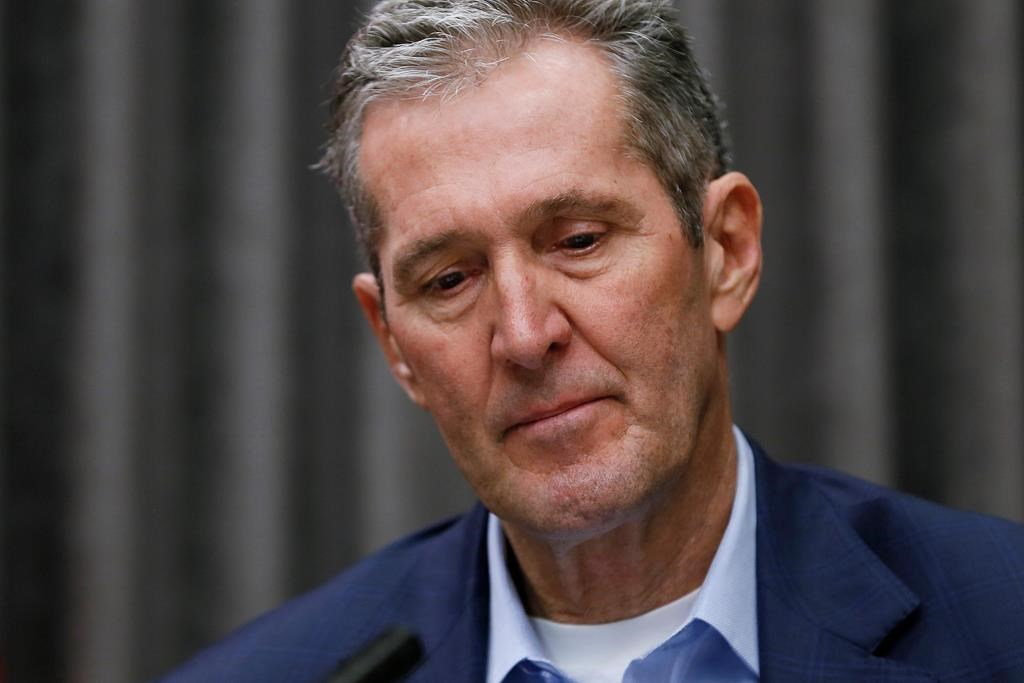 Manitoba Premier Brian Pallister walked back a plan to see Manitoba teachers and school workers vaccinated in North Dakota on Friday.
