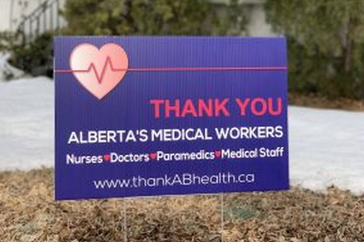 Albertans thanks medical staff during COVID-19 pandemic.