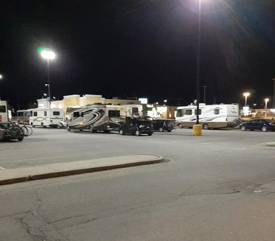 A picture posted to Twitter March 22, 2020 appears to show a number of RVs parked at the Brockville Walmart parking lot.
