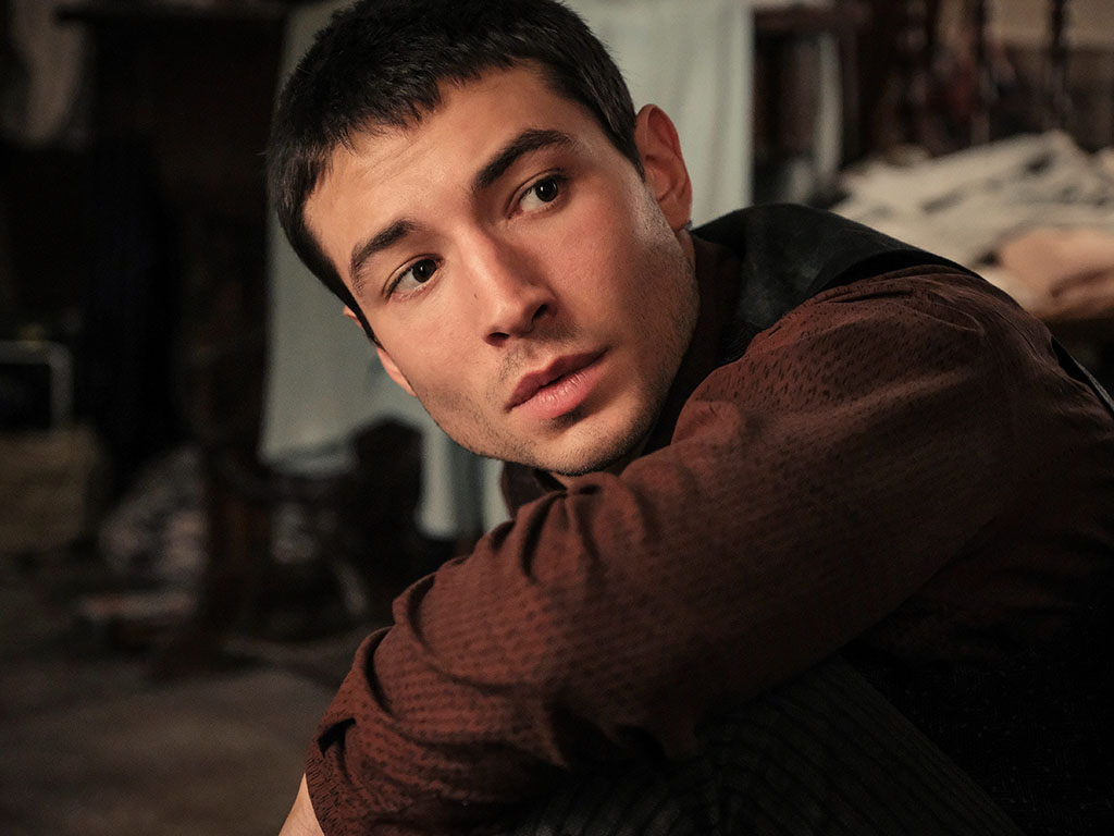 Ezra Miller Under Fire After Video Appears To Show Actor Choking Fan National Globalnews Ca