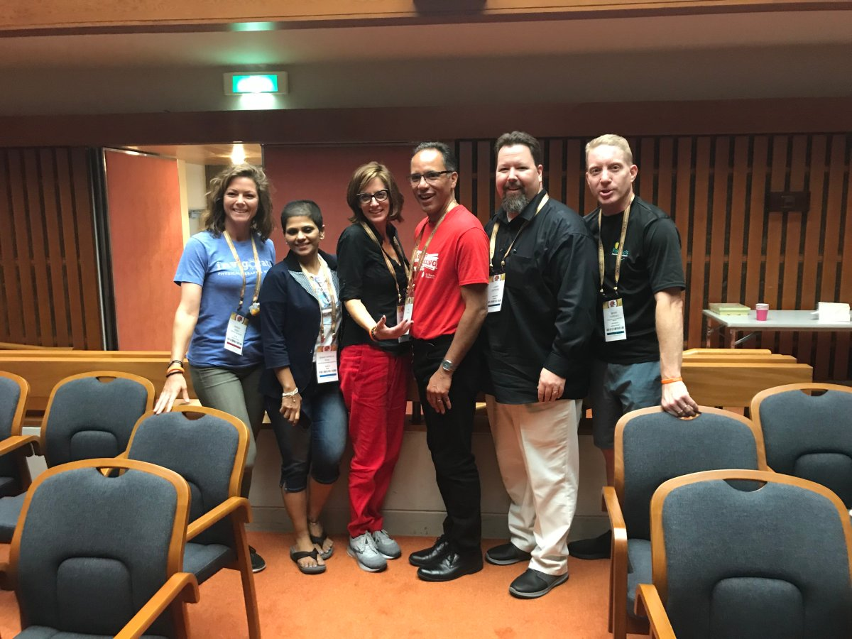 Sarah King, Dr. Shanthipriya Siva, Heather Kennedy, Tim Hague, Larry Gifford and Brian Toronyi.