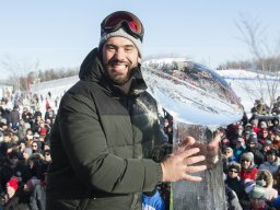 Continue reading: Laurent Duvernay-Tardif dedicates Lou Marsh trophy to health-care workers