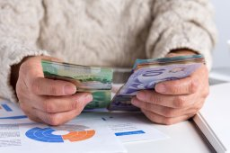 Continue reading: Many Manitobans to delay retirement due to pandemic struggles, says new survey