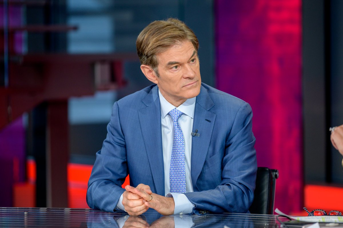 Dr. Oz visits 'Outnumbered Overtime with Harris Faulkner' at Fox News Channel Studios on March 9, 2020 in New York City.