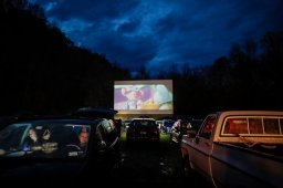 Continue reading: Summer Bash drive-in movie night returns to Regina with physical distancing in place