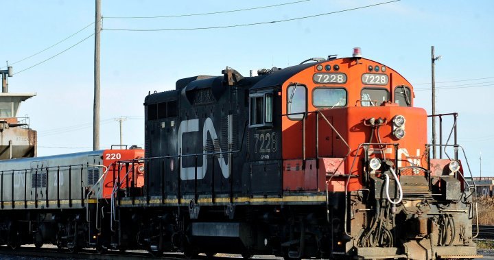 Kansas City Southern reaffirms support for CN bid, but may delay vote