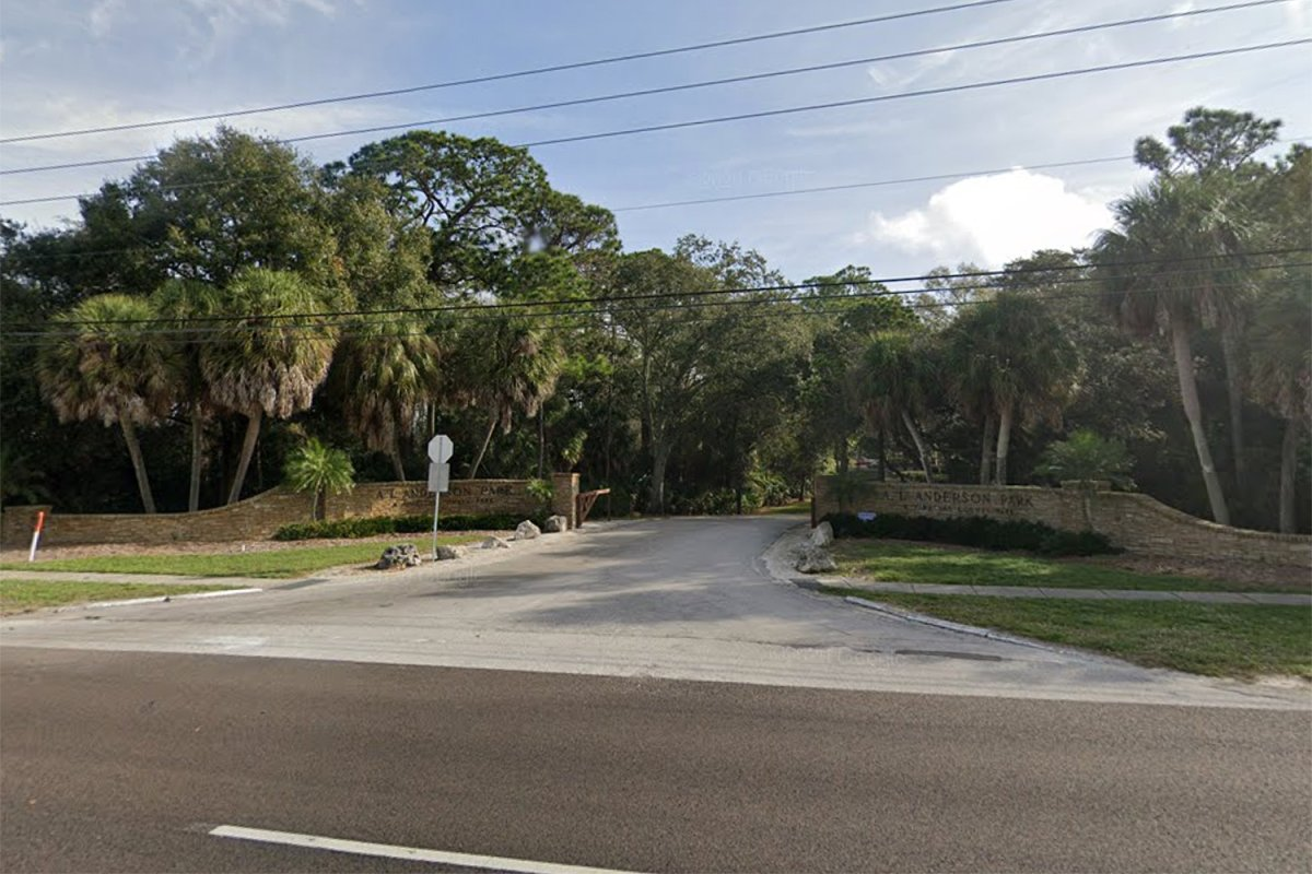 A 15-year-old girl accidentally hit and killed her father while learning how to park a pickup truck on Tuesday in Tarpon Springs, Fla.