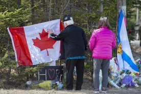 Play video: Nova Scotia marks 1 year since mass killings, memories still raw