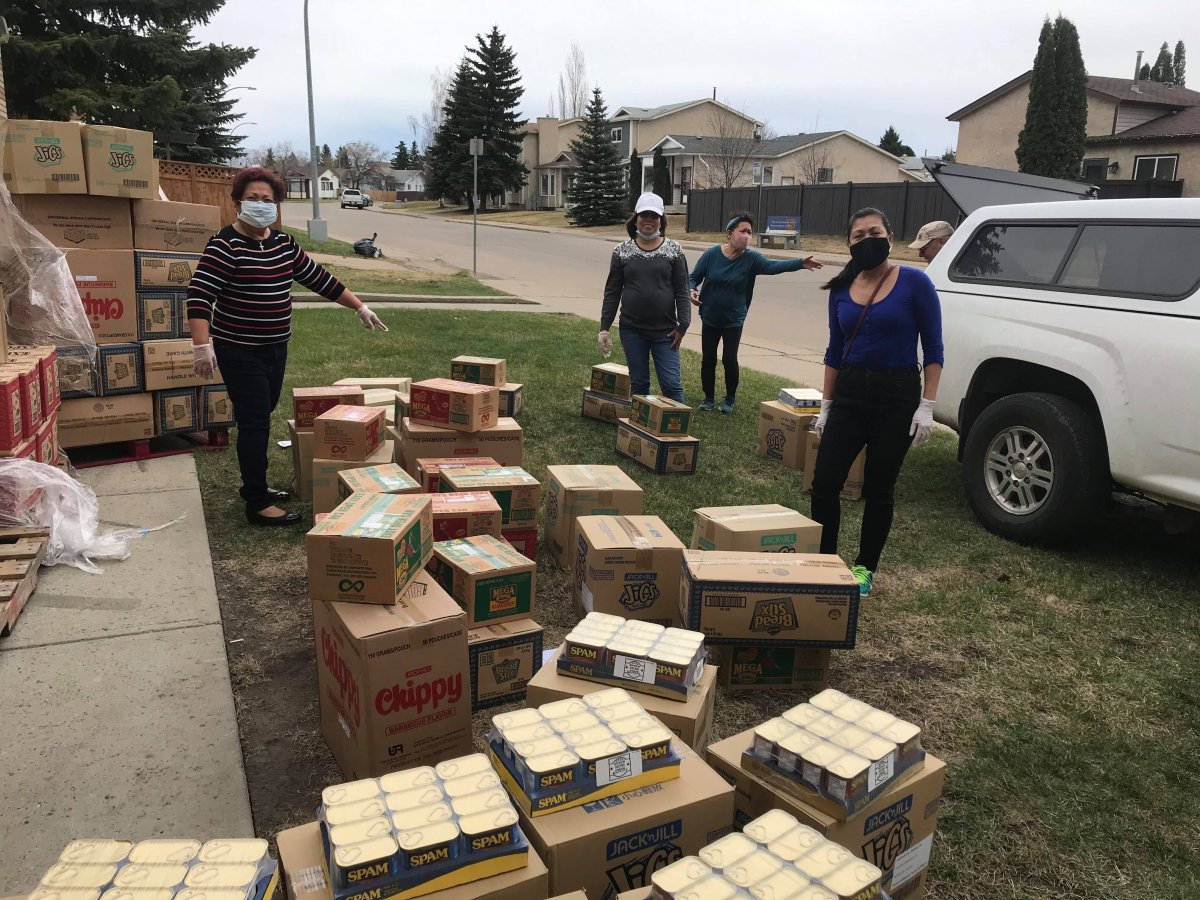 Members of Edmonton's Filipino community are preparing to deliver groceries down to High River and Okotoks.