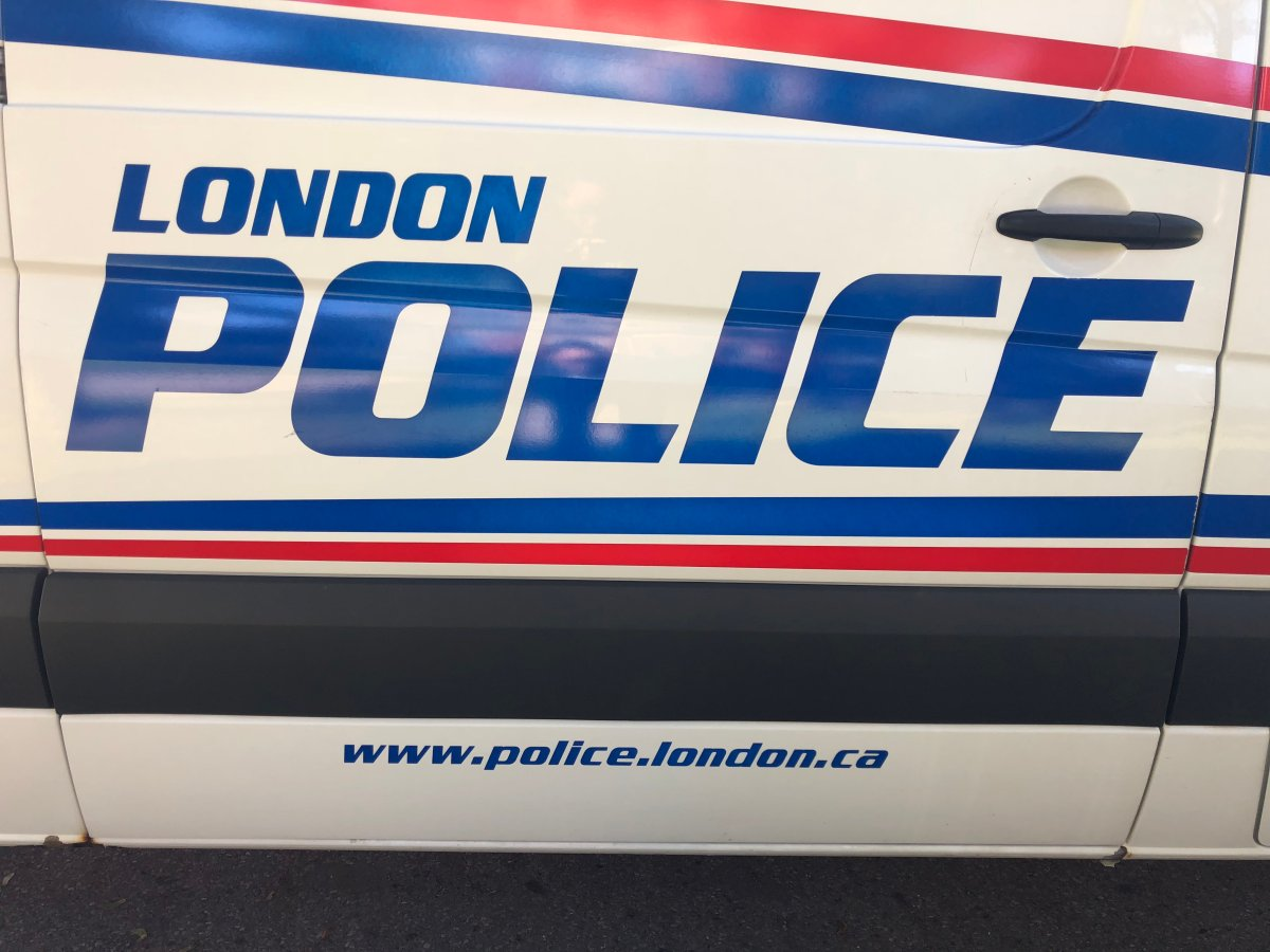 London police investigating after noose found in woods - image