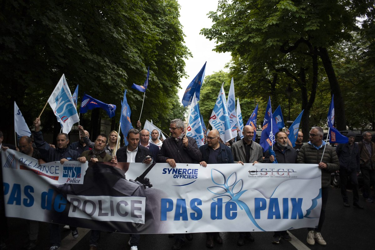 Members of French police unions including Alliance Police nationale, hold a banner reading 'no police no peace' in front of the Arc de Triomphe, during a protest from the Champs-Elyses Avenue to the Interior Ministry, on June 12, 2020 in Paris. Photo by Eliot Blondet/ABACAPRESS.COM.