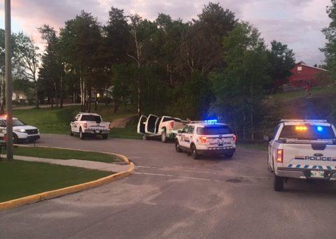 RCMP vehicles pursue a kidnapping suspect near Flin Flon, Man.
