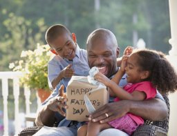 Continue reading: Father's Day 2021: The best gifts for dad this year