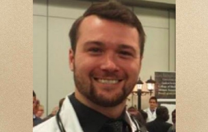 A Saskatchewan doctor, Jesse Leontowicz, accused of sexual assault has lost his licence after being found guilty by the College of Physicians and Surgeons.