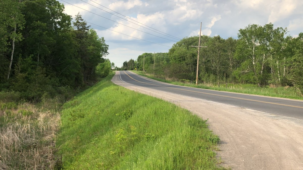 Eastern Ontario Regional Network (EORN) is proposing a project to expand broadband internet to 95% of residents and businesses in eastern Ontario.