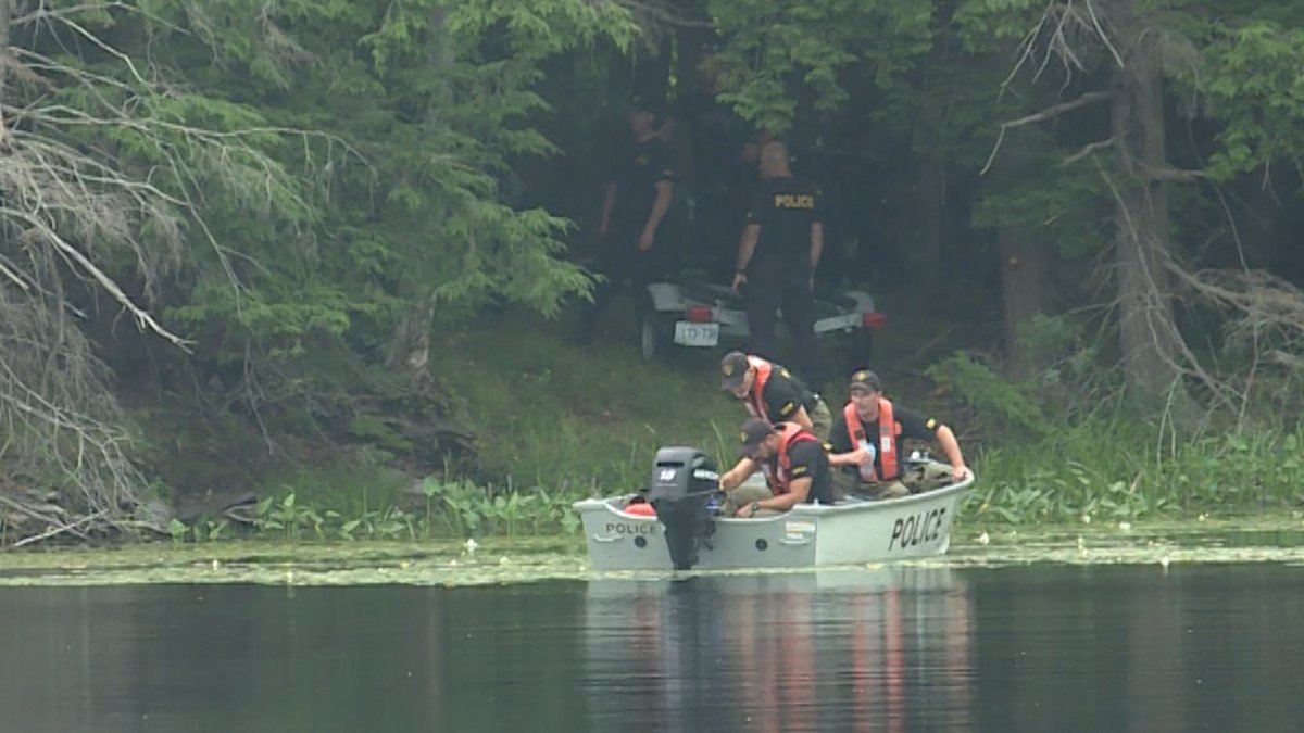 Body of Kingston man recovered after canoe capsizes on South Frontenac lake: OPP - image