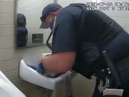 Continue reading: Watch as U.S. transit police officer revives newborn baby in public washroom