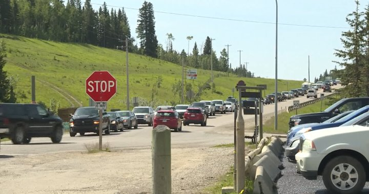 Bragg Creek's busy 4-way intersection getting traffic lights this fall
