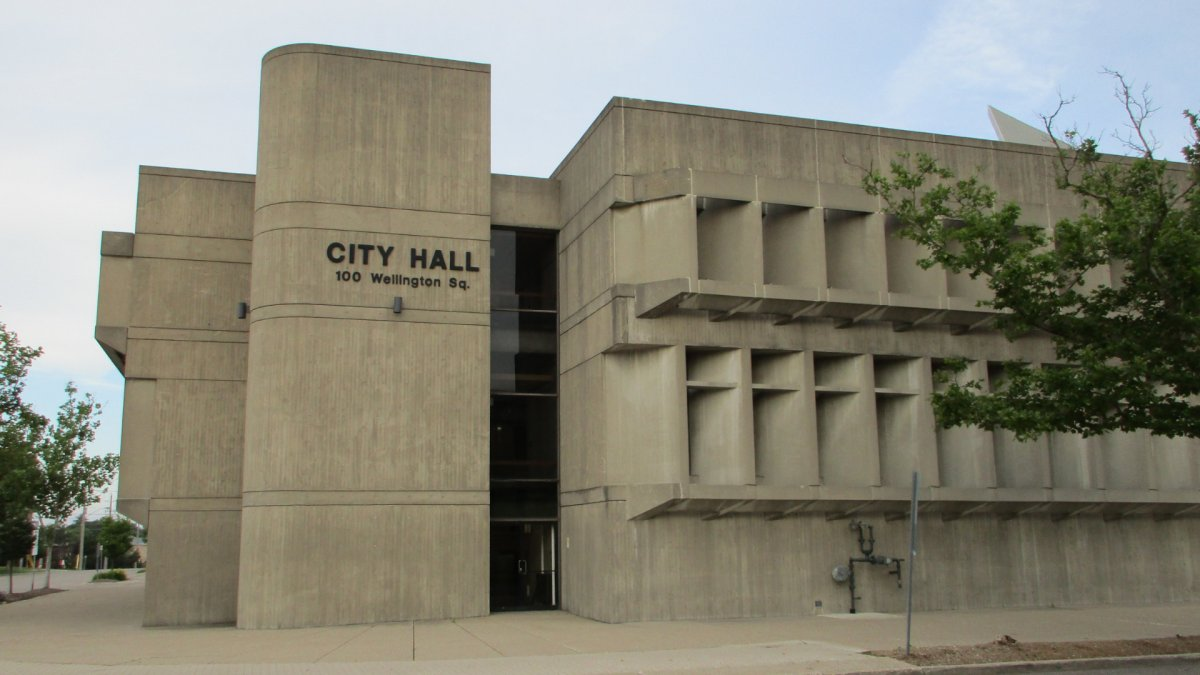 Brantford's head of the emergency operations centre has added a draft bylaw tied to mandatory masks to council's agenda set for July 14, 2020.