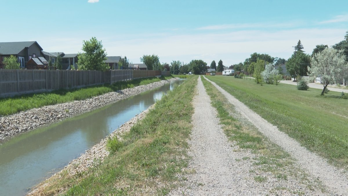 The Town of Coaldale has broken ground on a new pathway project.
