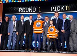 Continue reading: Top Oilers prospect Philip Broberg will stay for playoffs