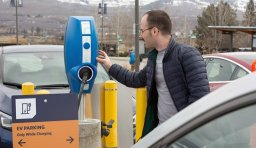Continue reading: Use of electric-vehicle charging stations back to pre-pandemic levels: BC Hydro