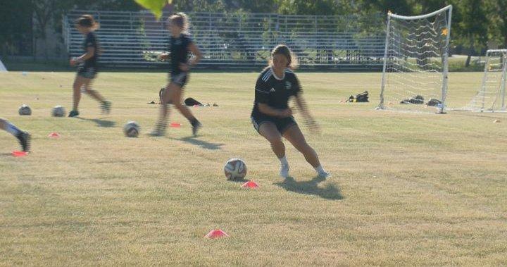 Huskies women's soccer team plan to all return