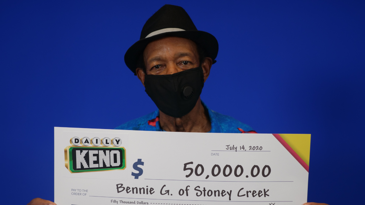 73-year-old retired retail manager, Bernie Gardiner played Keno twice in the same week and won twice, taking home over $100,000.