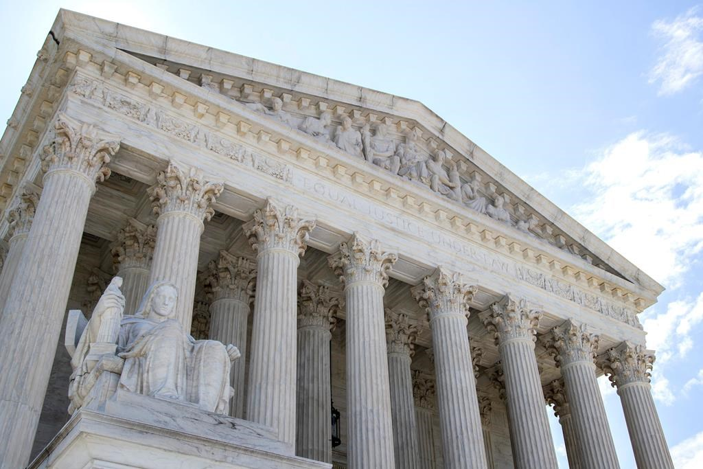 U.S. Supreme Court agrees to review 2 cases involving Trump border policies