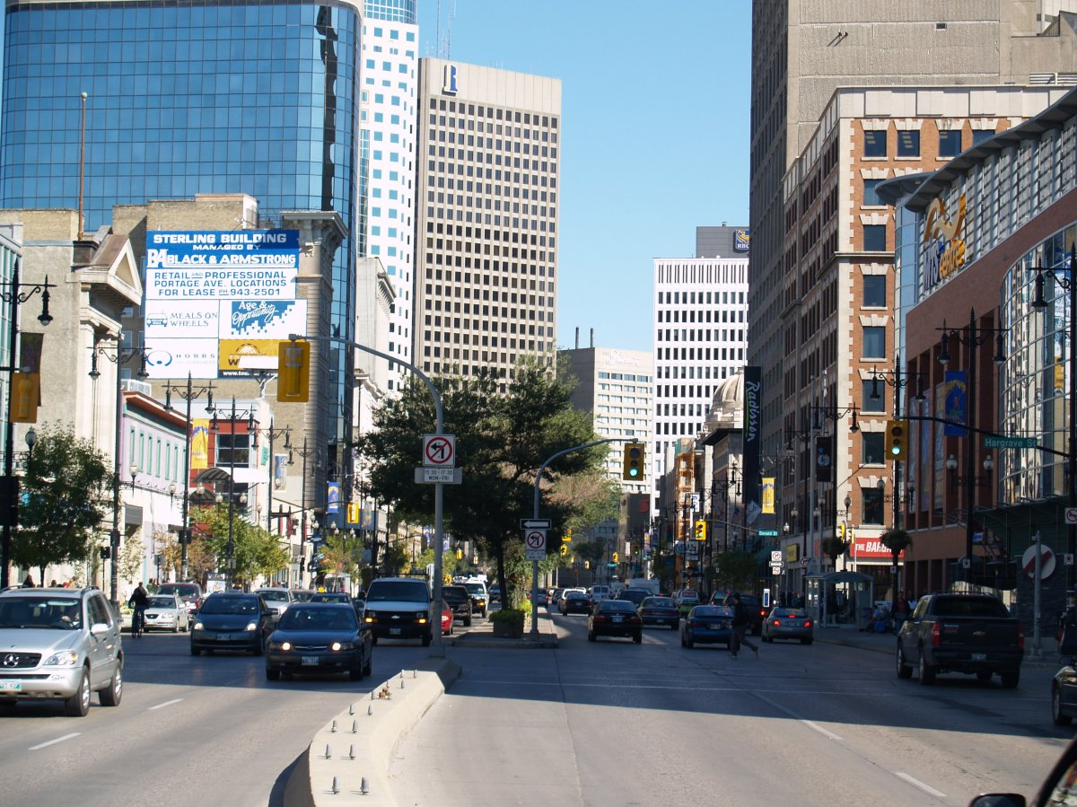 Businesses in Winnipeg's downtown have an opportunity to receive $1,000 to cover COVID-19 expenses thanks to the Downtown Winnipeg BIZ.