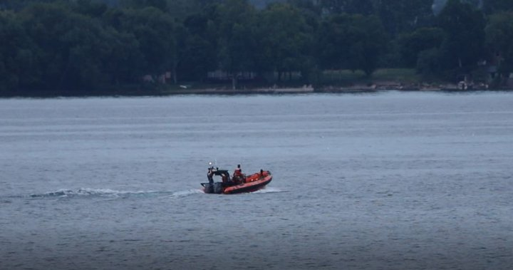 Body of Kingston man found after going overboard on Wolfe Island ferry