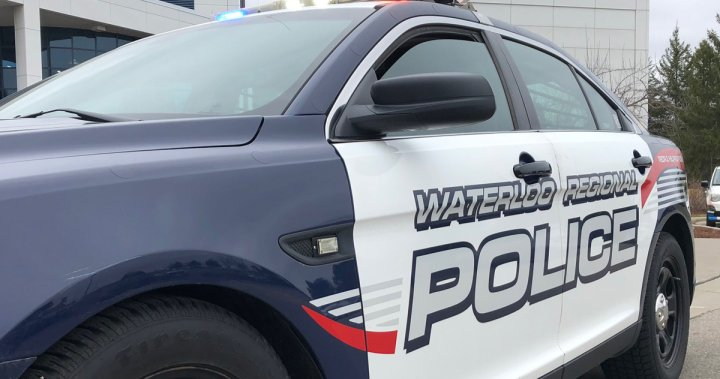 Waterloo police looking for suspicious man who chatted with girl in Cambridge