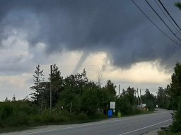 Continue reading: Waterspouts on Lake Huron sign of summer turning to fall: Environment Canada