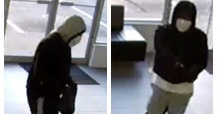Cobourg police seek 2 suspects in retail store robbery investigation