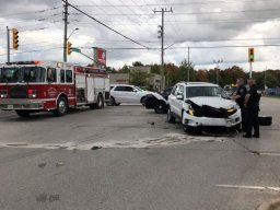 Continue reading: Barrie police investigate crash involving cop cruiser